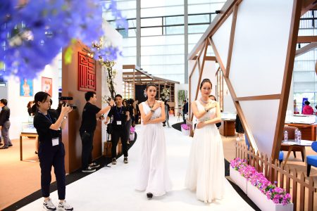 Customer-centric innovations at Shenzhen Jewellery Fair