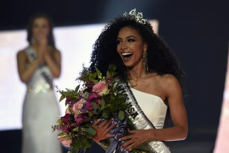 Cheslie Kryst From North Carolina Crowned Miss USA