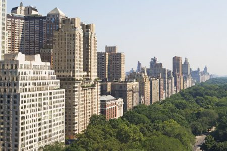 NYC Sales Market Strengthens, But Inventory Surplus Remains