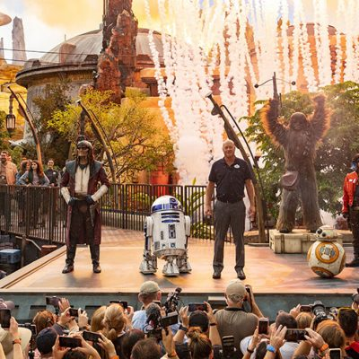 Star Wars: Galaxy's Edge Makes Thrilling Debut at Walt Disney World Resort