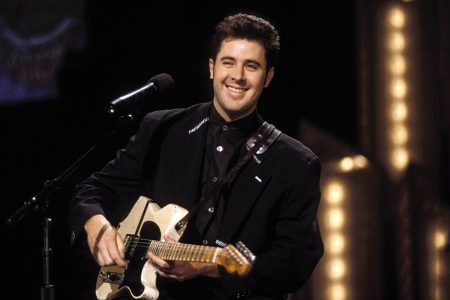 Country Superstar Vince Gill's Classic Breakthrough Album 'When I Call Your Name' Celebrated With Two New 30th Anniversary Vinyl Editions