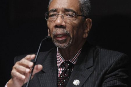 U.S. Congressman Bobby Rush Calls for Breakup of Comcast