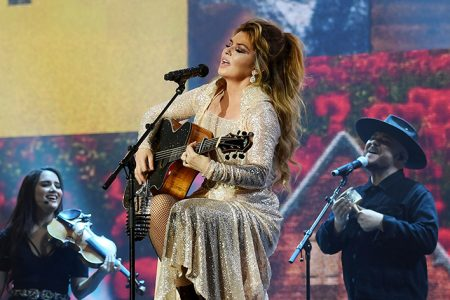 Shania Twain's 'The Woman in Me: Diamond Edition' To Be Released October 2, 2020