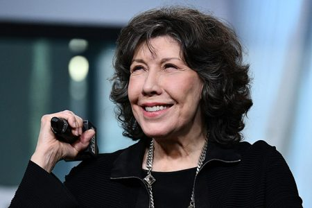 Beloved Actress and Comedian Lily Tomlin to Be Honored With Foot and Handprint Ceremony at Chinese Theatre