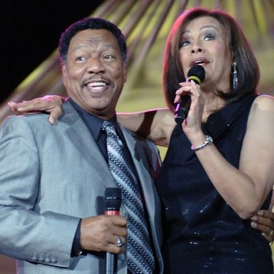 """Marilyn McCoo & Billy Davis Jr. """"Silly Love Songs"""" Release Celebrates Black History Month"""