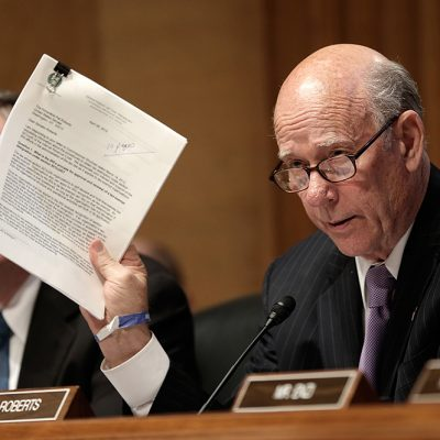 Senator Pat Roberts Joins Capitol Counsel