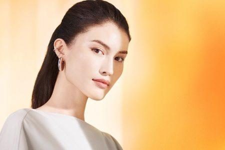 Supermodel Elizabeth Arden Taps Sui He as Global Brand Ambassador