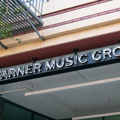 Warner Music and Tencent Music Entertainment Group Sign Multi-Year Strategic Licensing Agreement