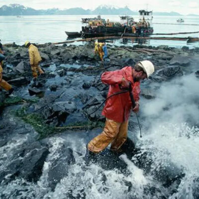 Study Finds an Oil Spill in the Canadian Arctic Could Be Devastating for the Environment and Indigenous Peoples