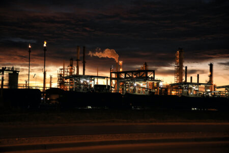 We Can Expect More Emissions From Oil Refineries in the Near-Term Future, Analysis Finds