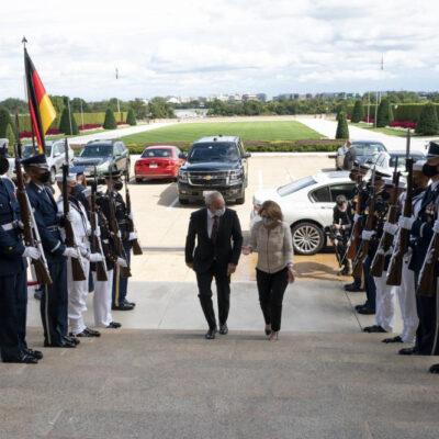 U.S. Deputy Secretary, German Defense Leader Meet for Talks