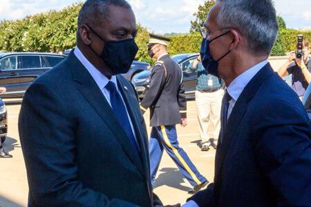 NATO's Stoltenberg Visits Pentagon, Meets With Austin to Discuss Alliance Future